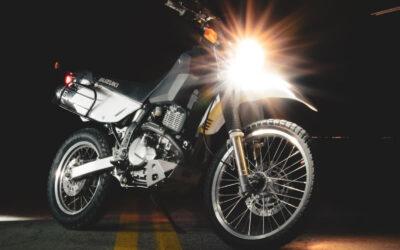 ¿Cómo alinear la luz de tu motocicleta?