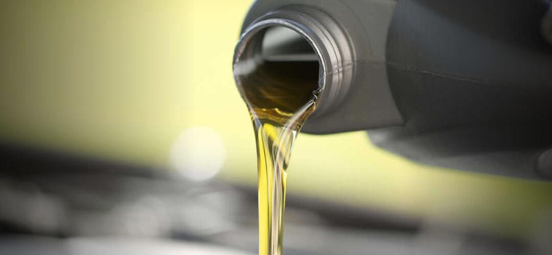 ¿Cómo elegir el lubricante para tu moto?