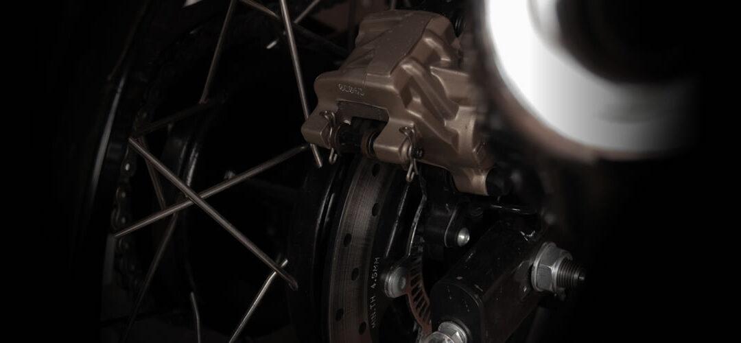 La importancia de las pastillas de frenos de tu moto